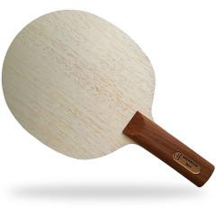 Der Materialspezialist Holz Defensor